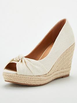 wallis-wide-fit-knot-detail-wedges-natural