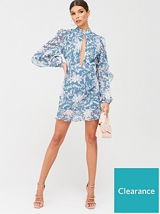 in-the-style-in-the-style-x-billie-faiersnbspkeyhole-front-frill-mini-dress-ornate-green-print