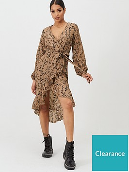 in-the-style-in-the-style-x-billie-faiers-floral-print-wrap-frill-midi-dress-stone