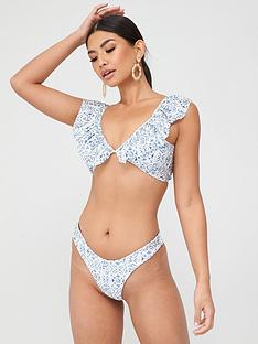in-the-style-in-the-style-x-billie-faiersnbsptile-print-tie-front-co-ord-bikini-top-blue