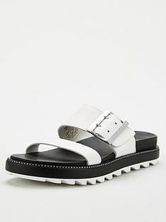 sorel-roaming-flat-leather-sandal-wite