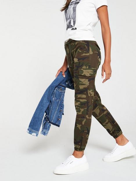 v-by-very-camouflage-print-cargo-jogger-camo-print