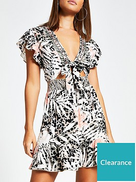 river-island-printed-tie-front-frill-sleeve-beach-dress-grey