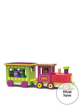 hey-duggee-light-and-sound-train
