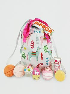 bomb-cosmetics-alpaca-my-bag-sack