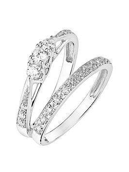 love-diamond-9ct-white-gold-023ct-three-stone-diamond-ring-with-heart-detail-on-shank-and-9ct-white-gold-007ct-wedding-band-bridal-set