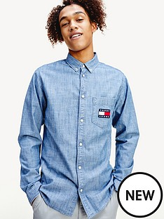 tommy-jeans-chambray-badge-shirt-mid-blue