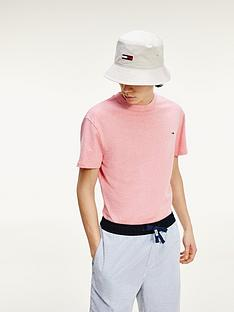 tommy-jeans-sunfaded-wash-t-shirt-pink