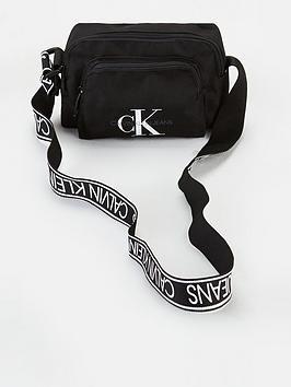 calvin-klein-jeans-camera-bag-with-pocket-black