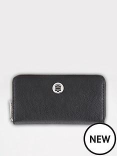 tommy-hilfiger-th-core-large-zip-purse-black
