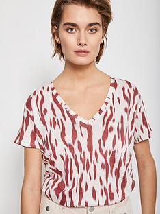 mint-velvet-pia-print-linen-t-shirt-rednbsp