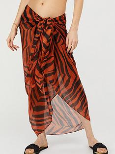 accessorize-sustainable-animal-beach-wrap-multi