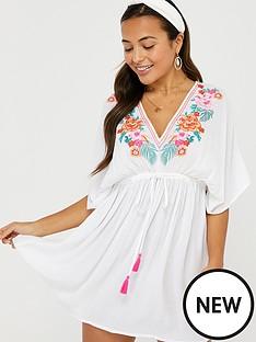 accessorize-wow-embroiderednbspkaftan-white