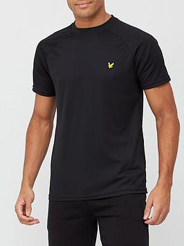 lyle-scott-fitness-core-raglan-t-shirt-black