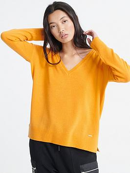 superdry-edit-v-neck-premium-knitted-jumper-yellow