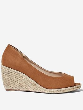 dorothy-perkins-damsel-wedge-shoe-tan