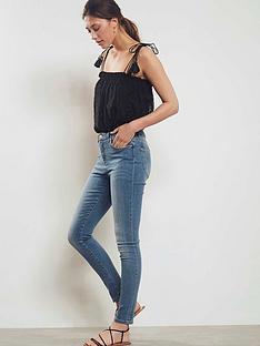 mint-velvet-maryland-jeans-light-indigo