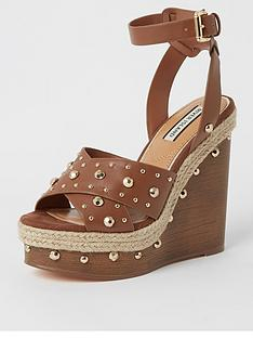 river-island-pearl-detail-wedge-light-brown
