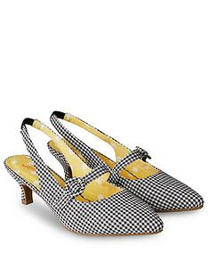 joe-browns-speak-easy-strappy-shoes-black