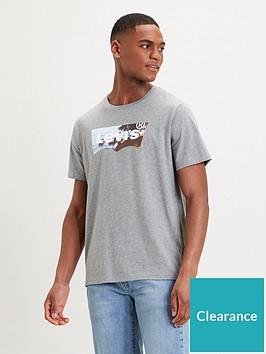 levis-levis-housemark-batwing-graphic-t-shirt-multi