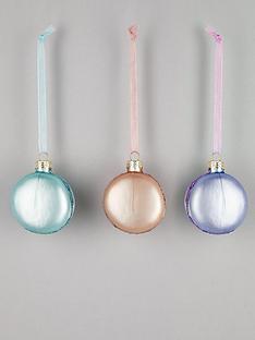 gisela-graham-set-of-3-pastel-macaroon-hanging-christmas-tree-decorations