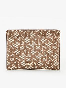 dkny-bryant-logo-card-holder-chino