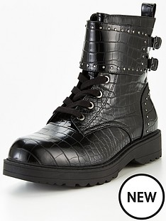 guess-wanda-buckle-embossed-croc-biker-boots-black