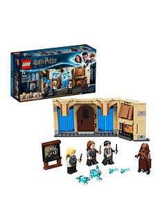 lego-harry-potter-75966-hogwarts-room-of-requirement