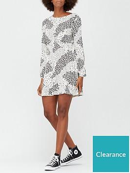 v-by-very-volume-sleeve-jersey-mini-dress-whiteanimal