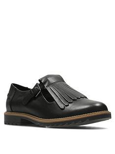 clarks-griffin-mia-fringe-leather-flat-shoe-black