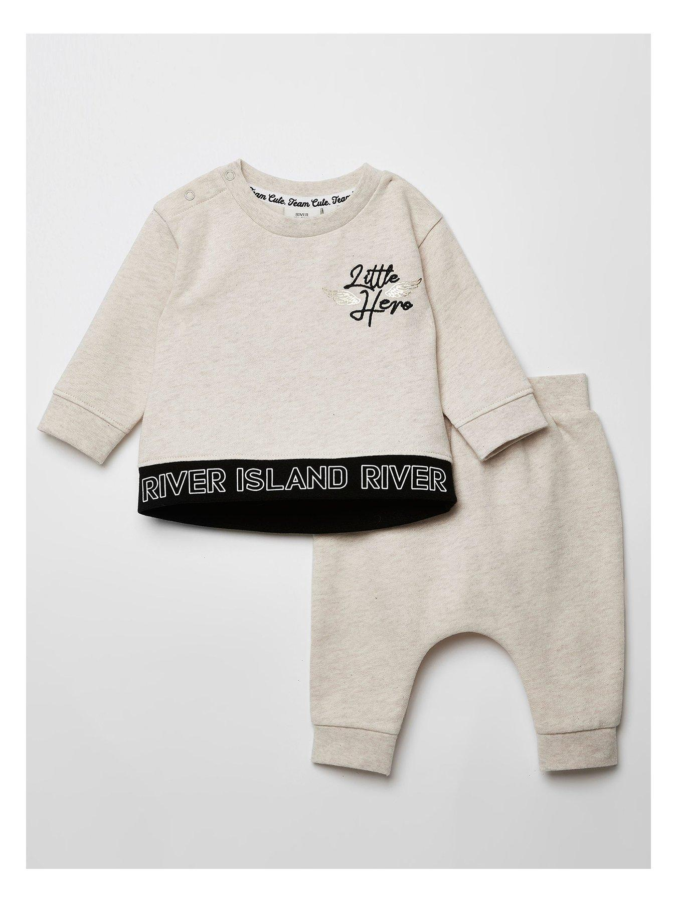 Baby Clothing Outfit Baby Sweater /& Baby Joggers SR Better Version Of Mummy Baby Outfit Baby Gift Set