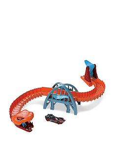 hot-wheels-viper-bridge-attack-playset