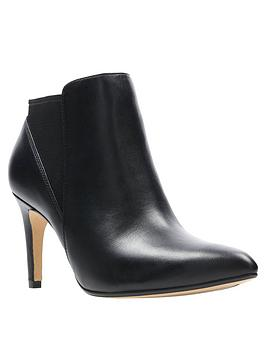 clarks-laina-violet-shoe-boot-black