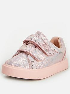 clarks-city-oasis-lo-toddler-strap-trainer-pink-metallic