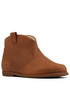 clarks-drew-north-toddler-ankle-boot-tan