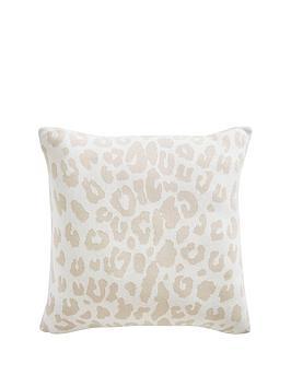 tess-daly-leopard-knit-cushion
