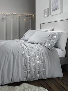 catherine-lansfield-snowflake-fleece-panel-duvet-cover-set