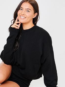 in-the-style-in-the-style-x-lorna-luxe-knitted-co-ord-shorts-black