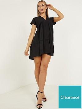 quiz-v-neck-short-sleeve-tiered-smock-dress-black