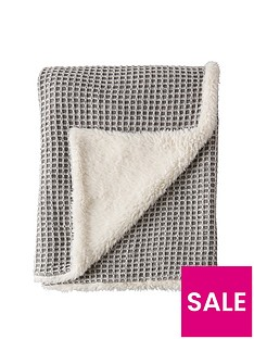 cascade-home-luxury-knitted-waffle-sherpa-thrownbsp