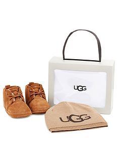 ugg-baby-neumel-amp-beanie-gift-set-chestnut
