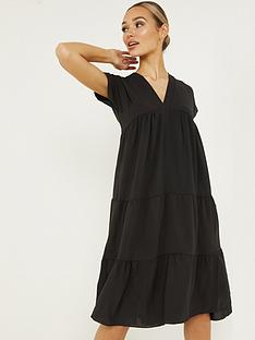 quiz-woven-cap-sleeve-tiered-smock-midi-dress-black