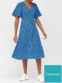 v-by-very-printed-tea-midi-dress-blue