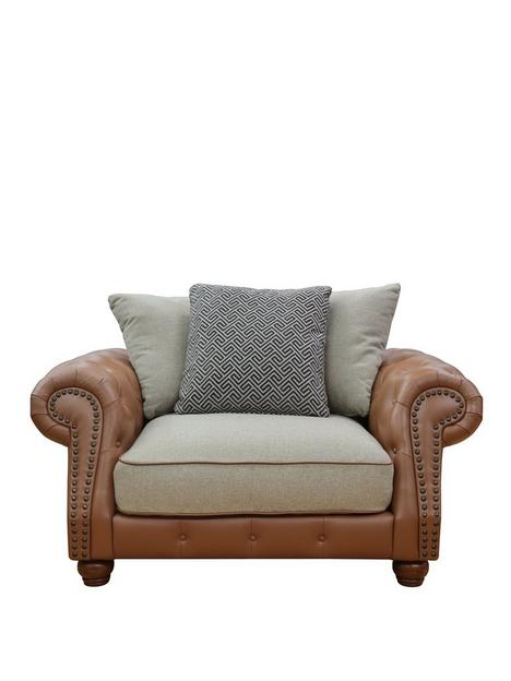 madison-scatterback-cuddle-chair