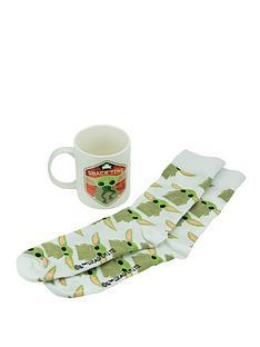 star-wars-mandalorian-the-child-star-wars-mug-amp-socks-set