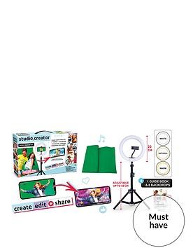 studio-creator-video-maker-kit