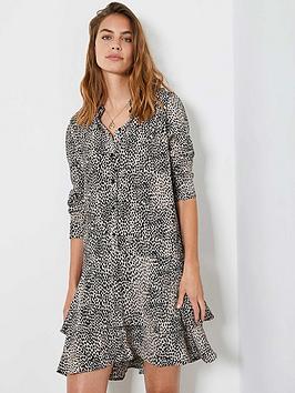 mint-velvet-lottie-animal-tiered-mini-dress-neutral
