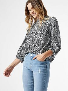 dorothy-perkins-tie-cuff-animal-34-sleeve-top-mono