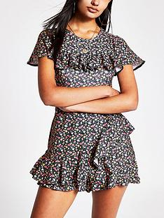 river-island-floral-ruffle-playsuit-black