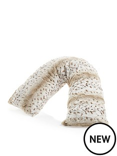 downland-everyday-snow-leopard-printnbspv-shaped-faux-fur-pillow